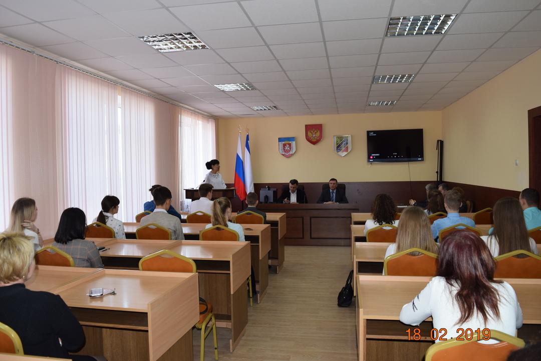 Джанкой:  В Джанкое прошел День молодого избирателя